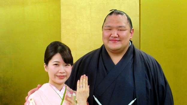 北勝富士婚約