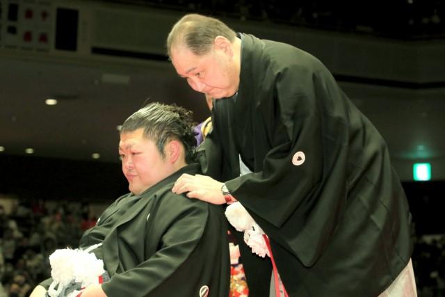豪風引退相撲